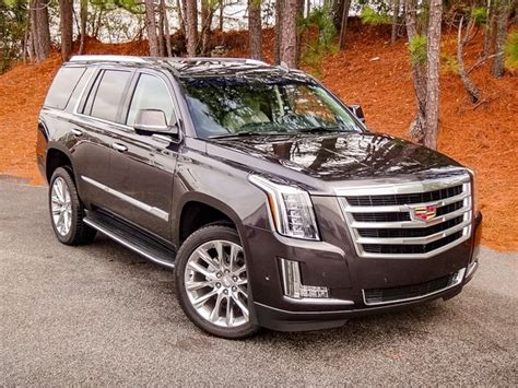 New 2018 Cadillac Escalade Luxury 4d Sport Utility In