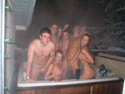 nude hot tube parties images