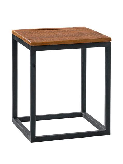bout de canapé noir bout de canapé en métal noir poudré et plateau en bois