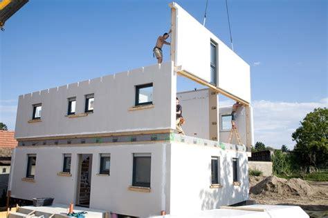 fertighaus in massivbauweise fertigh 228 user einfamilienh 228 user in fertigbauweise boomen