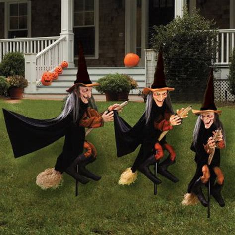 halloween holiday spirit  outdoor ideas family