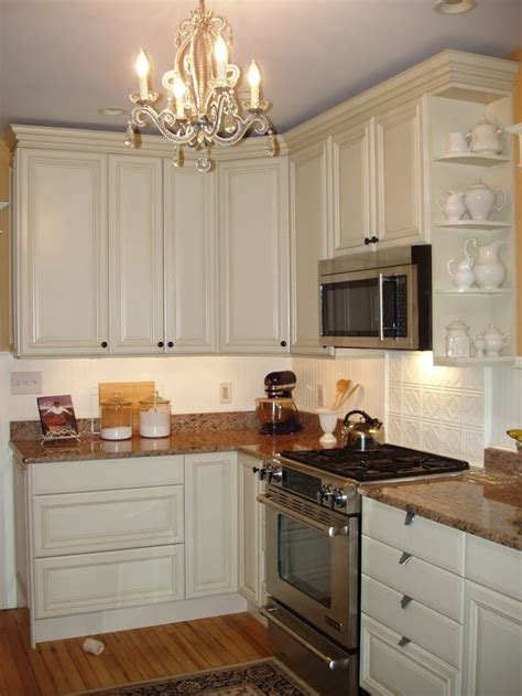 white beadboard kitchen cabinets 17 best images about bead board backsplash loving on 1255