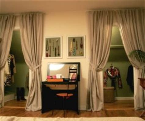 5 ways to use fabric doors in your home