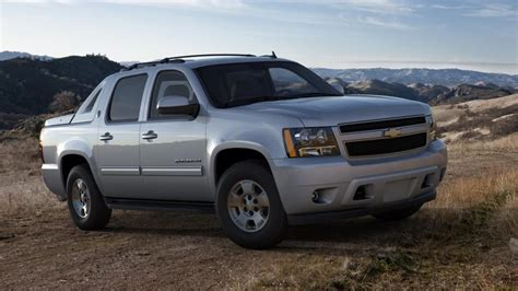 chevy avalanche build   suv truck