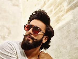 32 Latest Hot Photos of Ranveer Singh 2017-18 – iLuBilu