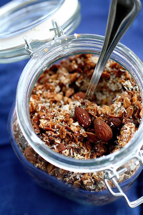 coconut granola crunch  curvy carrot