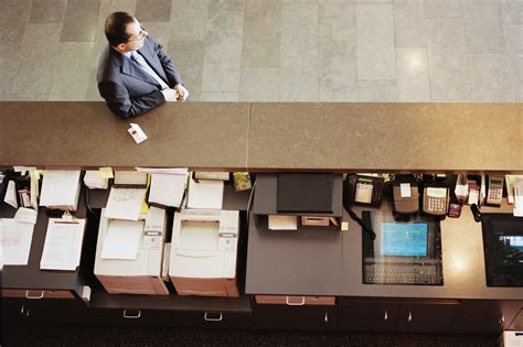 front desk marriott hotel mobile app nixes front desks aimed at