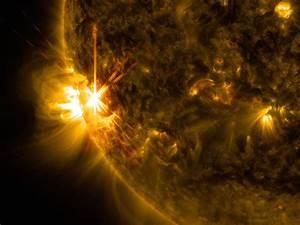 x1-solar-flare-june-11-2014.jpg?1402496023