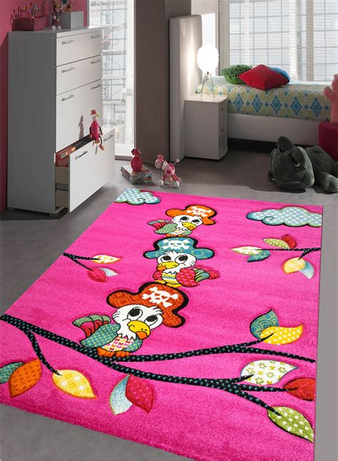 tapis chambre tapis chambre enfant perroquet fuchsia de la