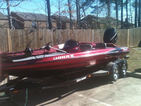 Center Console Bass Boats For Sale by 2001 Triton 200xp Center Console Bass Boat For Sale In New
