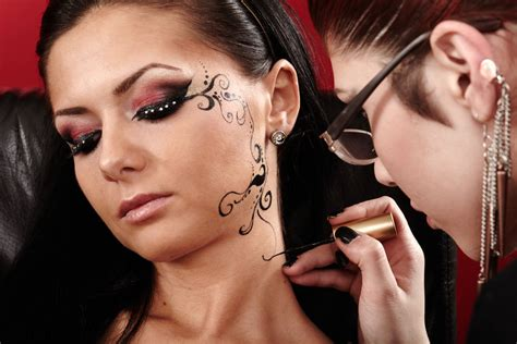 8 Of The Best Temporary Tattoos For Halloween