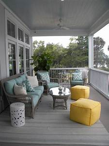 Magnificent, Lloyd, Flandersin, Porch, Beach, Style, With, Aesthetic, Painted, Wicker, Next, To, Attractive
