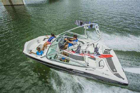 Yamaha Jet Boat Water In Engine Compartment by 2015 New Yamaha Ar190 Jet Boat For Sale 29 849