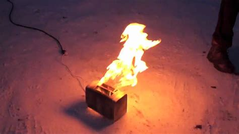 Burning Toaster - the burning toaster in high definition