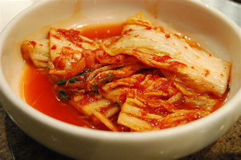 cuisine but koreal file cuisine kimchi 02 jpg wikimedia commons