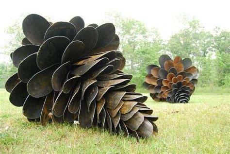 Giant Pine Cone Sculptures : Floyd Elzinga