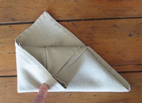 pliage de serviette de table r 233 aliser un sac 224 avec une serviette en papier l du