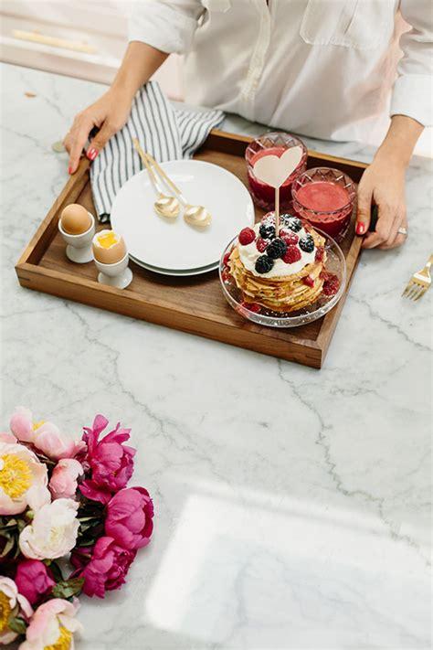 breakfast in bed ideas dreamy ideas for a romantic breakfast for two daily dream decor bloglovin
