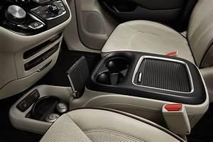 2017 Chrysler Pacifica Center Console The News Wheel