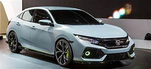 2020 Honda Civic Hatchback Sport Touring Interior