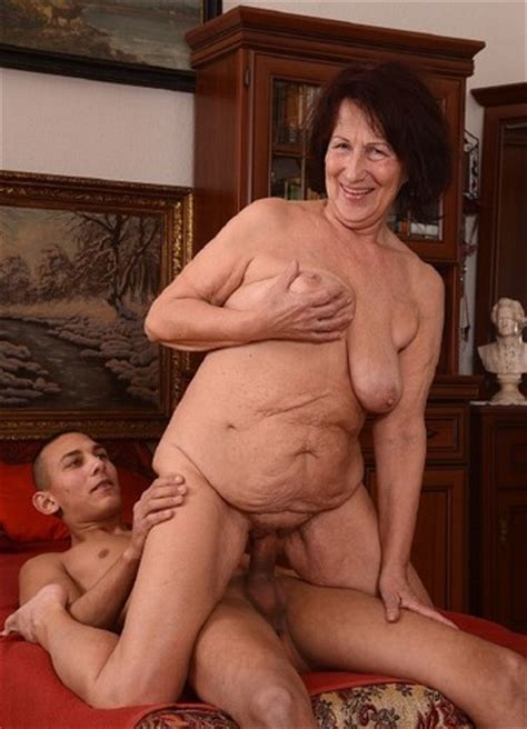 World Hot Mature Fucking Mature Ladies Are Ready To