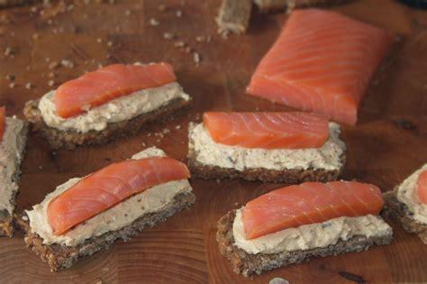 comment cuisiner les figues la cuisine de bernard tapas au saumon et crème de figues