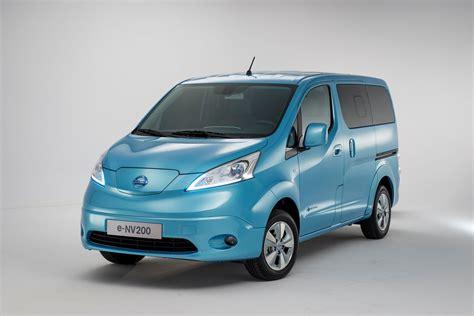 nissan nv200 production nissan e nv200 revealed in geneva sales