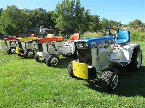 deere collectors gather to celebrate 50 years of