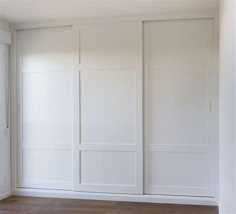armarios de 3 puertas armario empotrado a medida color blanco tres puertas
