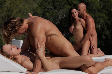 Two Couples Fucking Hard At The Pool xxx dessert picture 2