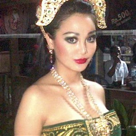 cewek bugil koleksi foto cewek igo indonesia heboh