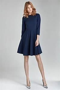 quelle couleur de chaussures porter avec une robe bleu With quelle couleur mettre avec du bleu marine