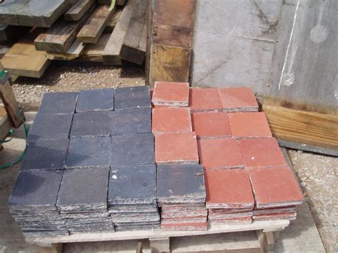 reclaimed victorian      black quarry tiles