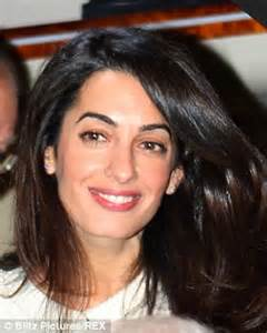15+ pictures inside of george clooney, anne hathaway, and more at. Anne Hathaway told she resembles 'Hollywood twin' Amal ...