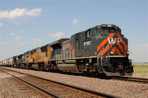 UP Western Pacific Heritage Locomotive   O Gauge ...