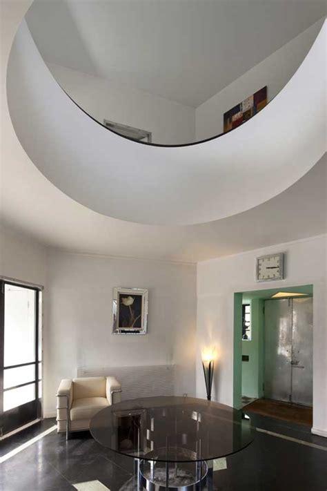 high    architect