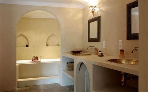 tadelakt salle de bain sur carrelage