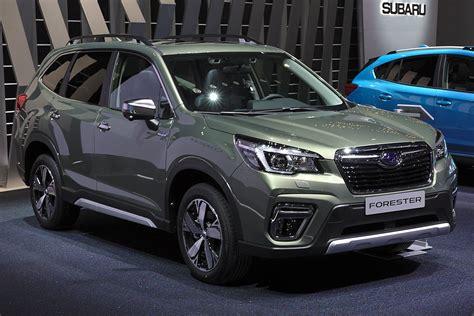 Premium, from $28,845, is next. Subaru Forester - Wikipedia, la enciclopedia libre