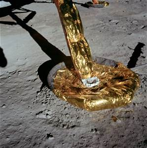 The Apollo Moon Hoax: Why Is There No Lunar Dust on the ...