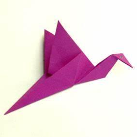 Origami Kranich Anleitung : anleitungen zum falten von origami tieren ~ Frokenaadalensverden.com Haus und Dekorationen