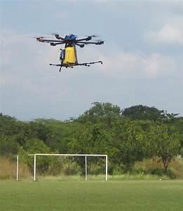 Crean estudiantes sistema de fumigación con drones y análisis de imágenes