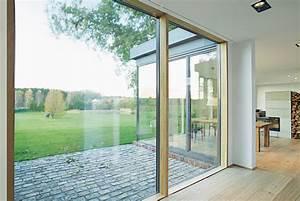 Bodentiefe Fenster Sichtschutz : bodentiefe fenster von unilux den wohnraum optisch um den ~ Watch28wear.com Haus und Dekorationen