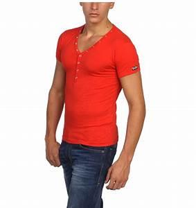 Tee Shirt Moulant Homme : shirt rouge homme ~ Dallasstarsshop.com Idées de Décoration