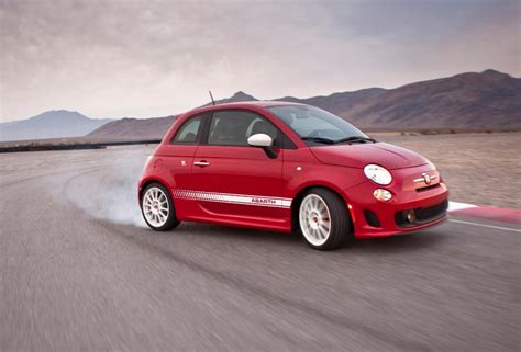 Fiat Owners by Abarth Fiat 500 Owners Get Exclusive Drive Experience