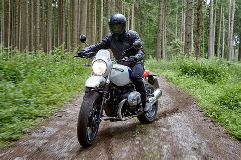 Review Bmw R Nine T G S by 2017 Bmw R Ninet G S Look 8 Fast Facts