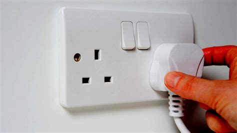 Extending a Ring Main   Adding More Sockets in Your Home