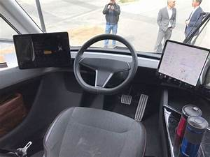 Tesla Semi Truck's rare interior pictures emerge from Sacramento, CA in 2020 | Semi trucks ...