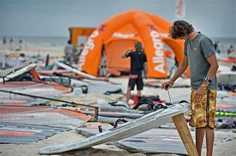 Competitive Environment Of Formula Solo The 2012 Formula Windsurfing Czech Cup Tour Sails To