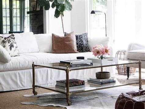 idee deco salon canapé gris salon avec un canapé blanc 12 idées déco s 39 inspirer