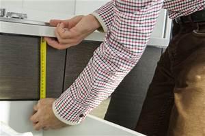Wie Schwer Ist Ein Kühlschrank : einbauk hlschrank selber einbauen oder einer fachfirma berlassen ~ Markanthonyermac.com Haus und Dekorationen